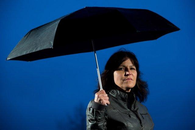 Sylvie Therrien a été renvoyée après avoir divulgué des informations à un journaliste au sujet des quotas de compressions que l'on imposait aux fonctionnaires de l'assurance-emploi. Photo: La Presse canadienne, Darryl Dyck