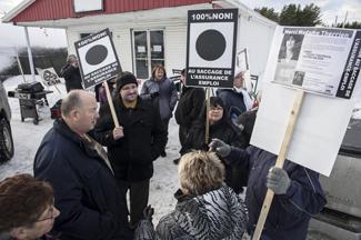 Manifestation de solidarité pour Sylvie Therrien, Forestville, 6 décembre 2013